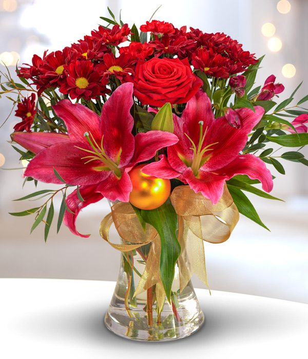 Traditional Christmas Bouquet - Flowers aRe Us Belfast | Florist ...